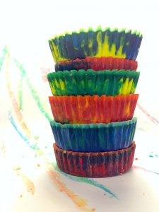 column diy multicolor crayons
