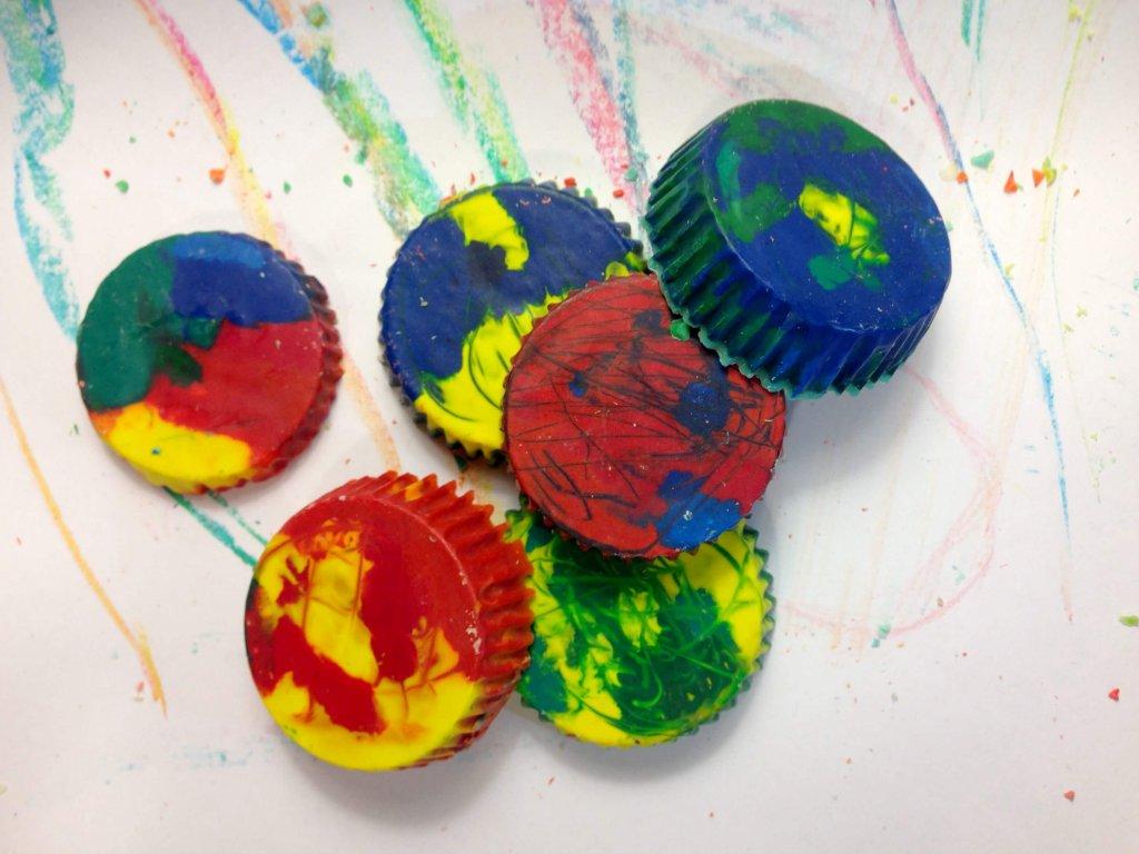 multicolor diy crayons