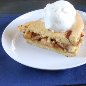 A delicious pastry crust filled with apples, Italian apple pie