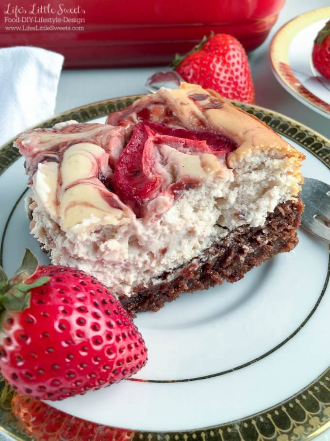 brownie-bottom-marbled-strawberry-cheesecake-www-lifeslittlesweets-com-recipe-walmart-smuckers-fruit-honey-spread-ad-680x907-up-close-slice