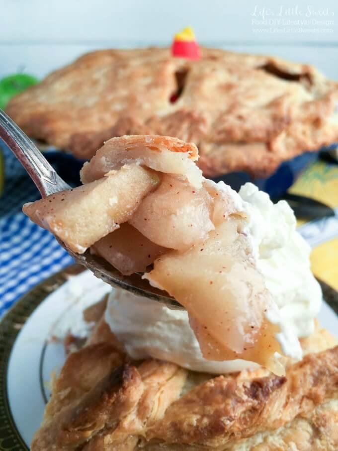 Incredible Homemade Apple Pie | Friendsgiving Menu