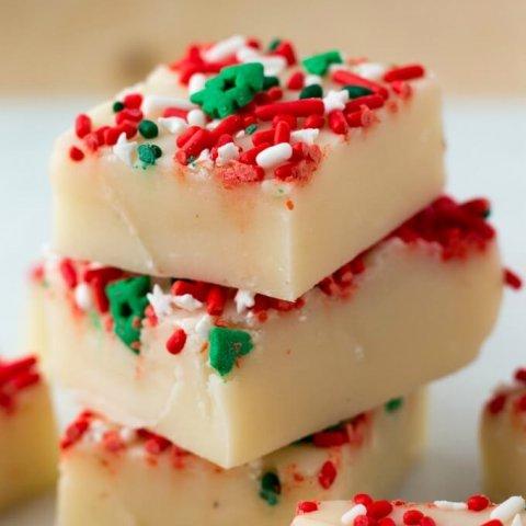 White Chocolate Eggnog Fudge www.LifesLittleSweets.com