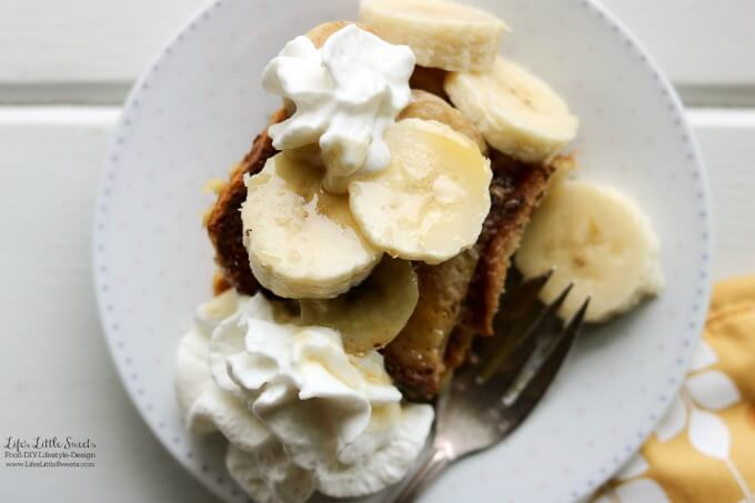 Banana Caramel French Toast Breakfast Bake is great one-pan dish for any breakfast or brunch gathering. It's a classic French toast bake with bananas as a twist and has sweet caramel flavor infused throughout. (dairy-free option) #ad #SilkandSimplyPureCreamers #CollectiveBias