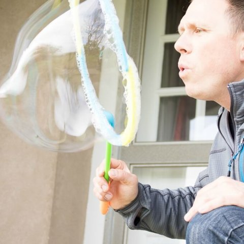 DIY Bubble Mixture Recipe www.LifesLittleSweets.com