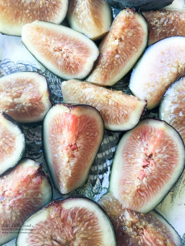 So easy to make! | Fresh Figs with Agave Syrup are a light and sweet way to enjoy fresh figs for this upcoming fig season. Substitute agave for honey and/or add feta or Gorgonzola cheese crumbles if you wish! www.lifeslittlesweets.com