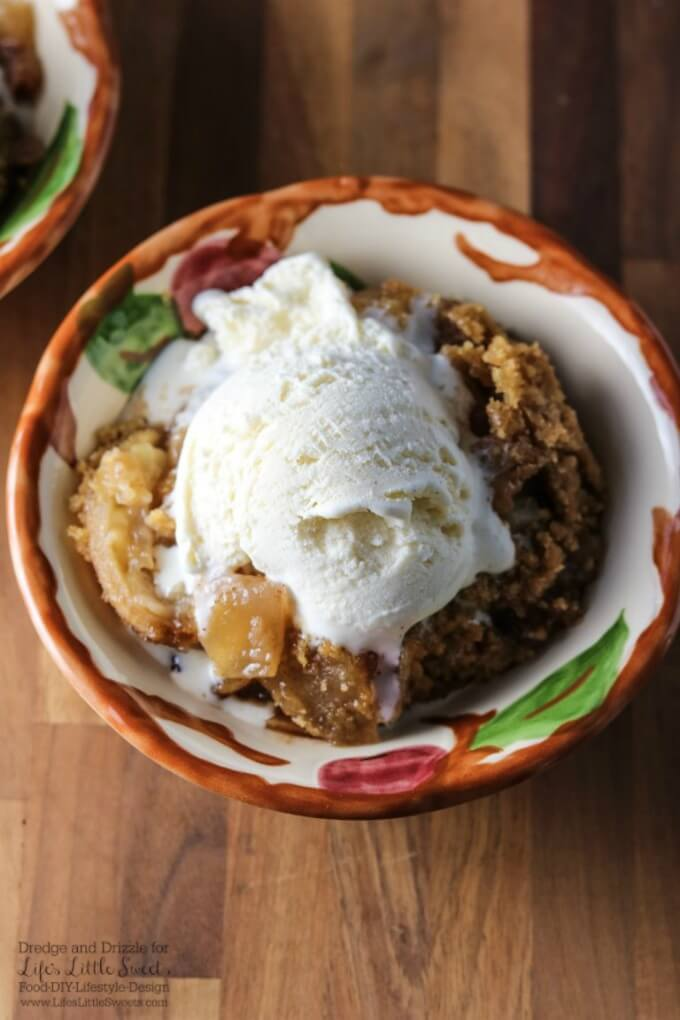 Looking for a dessert that's easy to make but tastes indulgent? Don't let the simplicity of this Apple Crisp fool you, it tastes like it took you hours to prepare.