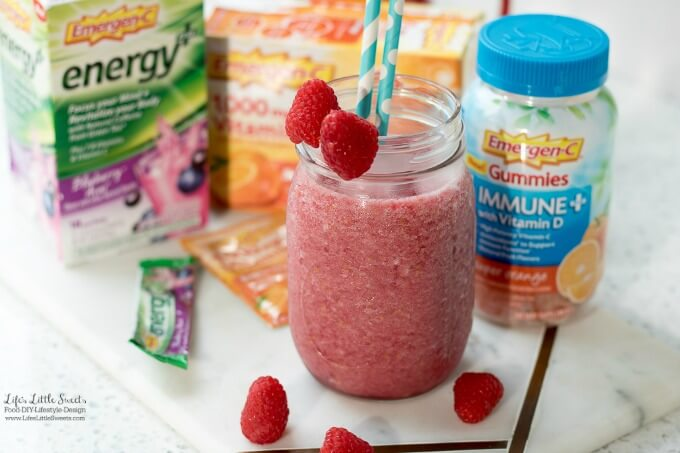 This Blueberry-Açai Slushie with Fresh Raspberries has Emergen-C® Energy+ Blueberry-Açai, making it a tasty and delicious way to add to your wellness routine. Only 4 ingredients and less than 5 minutes to prepare! (gluten-free) #FallImmuneSupport #CollectiveBias #ad #raspberries #slushie #ice #fruit