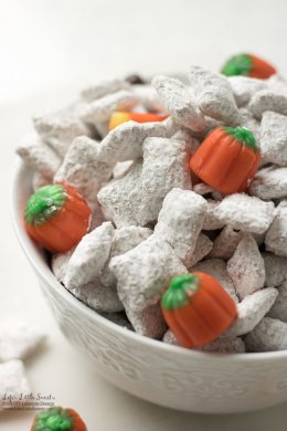 Homemade Pumpkin Spice Muddy Buddies