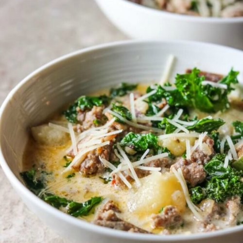 Homemade Zuppa Toscana - Soup, Olive Garden Copycat Recipe