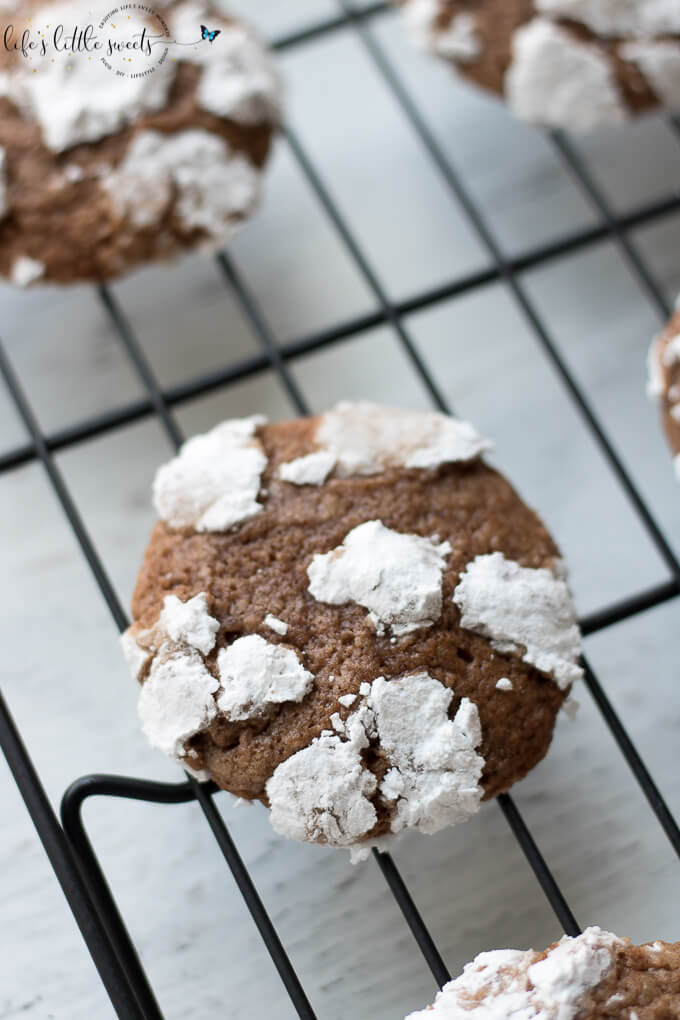 These Chocolate Crinkles have subtle chocolate flavor and just the right amount of chew. They are made with coconut oil and chocolate (unsweetened cocoa). #chocolate #chocolatecrinkles #cookies #coconutoil #unsweetenedcocoa #confectionerssugar