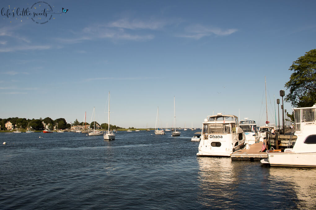 Summer Afternoon in Newburyport, MA - This historic city in Massachusetts is perfect for walking, tourist-friendly and abundant in food and shopping. If you are visiting. be sure to take in the waterfront scenery. I'm sharing my Summer afternoon, walking around beautiful Newburyport, MA with family. #newburyportma #newburyport #ma #massachusetts #travel #travelblogger #travelblog #Summer #vacation