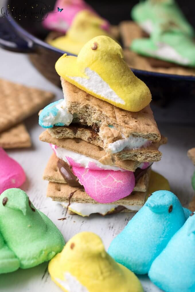These Peeps S'Mores are the perfect Easter treat! They are a great way to enjoy those classic, favorite Easter marshmallow candies. You can make them in a skillet or in the microwave. #recipe #smores #chocolate #hersheys #skillet #microwave #Easter #Spring #candy #chocolate #marshmallow #sweet #dessert #snack