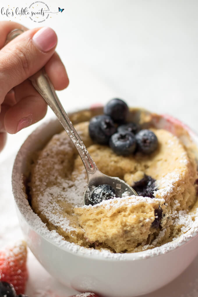 Easy Breakfast Mug Cake