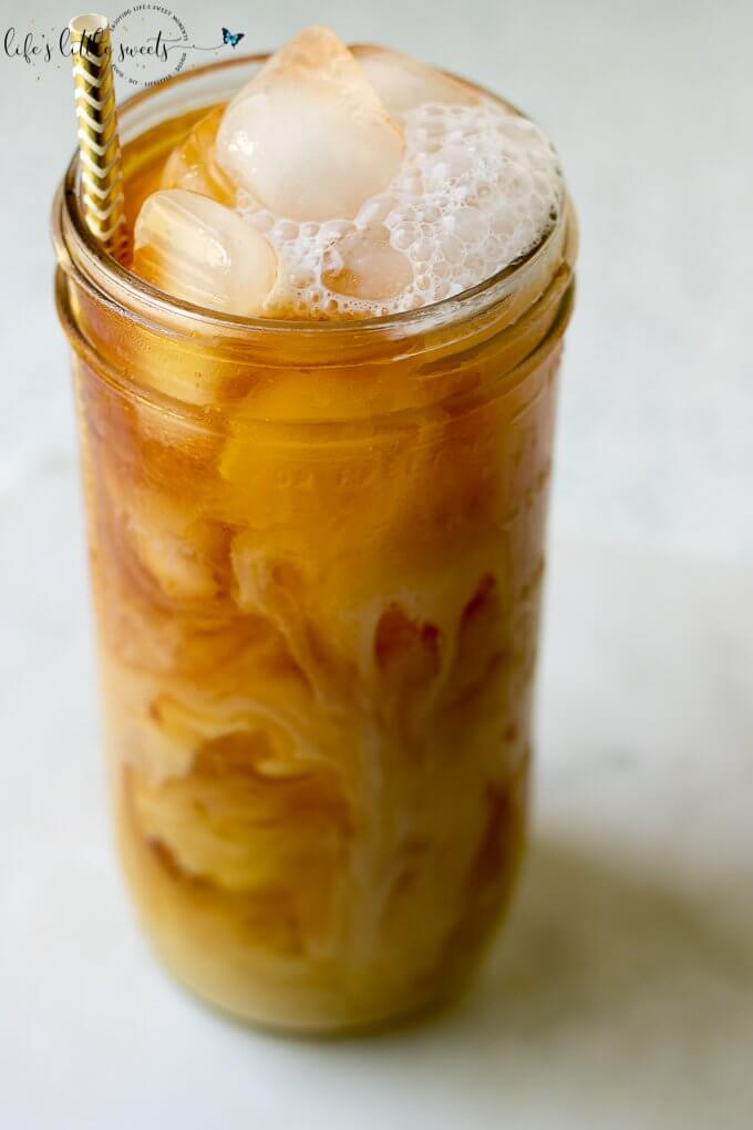 Cold Brew Iced Coffee is a favorite way to brew coffee during those hot, Summer months. Enjoy this full-bodied brew iced with milk, cream and optional favorite sweetener. #coffee #coldbrew #icedcoffee #Summercoffee #coffeedrink