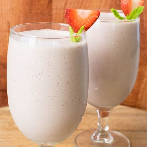 Chocolate Strawberry Lassi