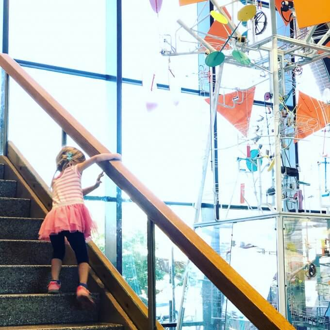 Museum of Science Boston - I'm sharing photos from our trip to the Museum of Science in Boston, MA. (50 photos) #boston #travel #travelblogger #museumofscienceboston #museumofscience