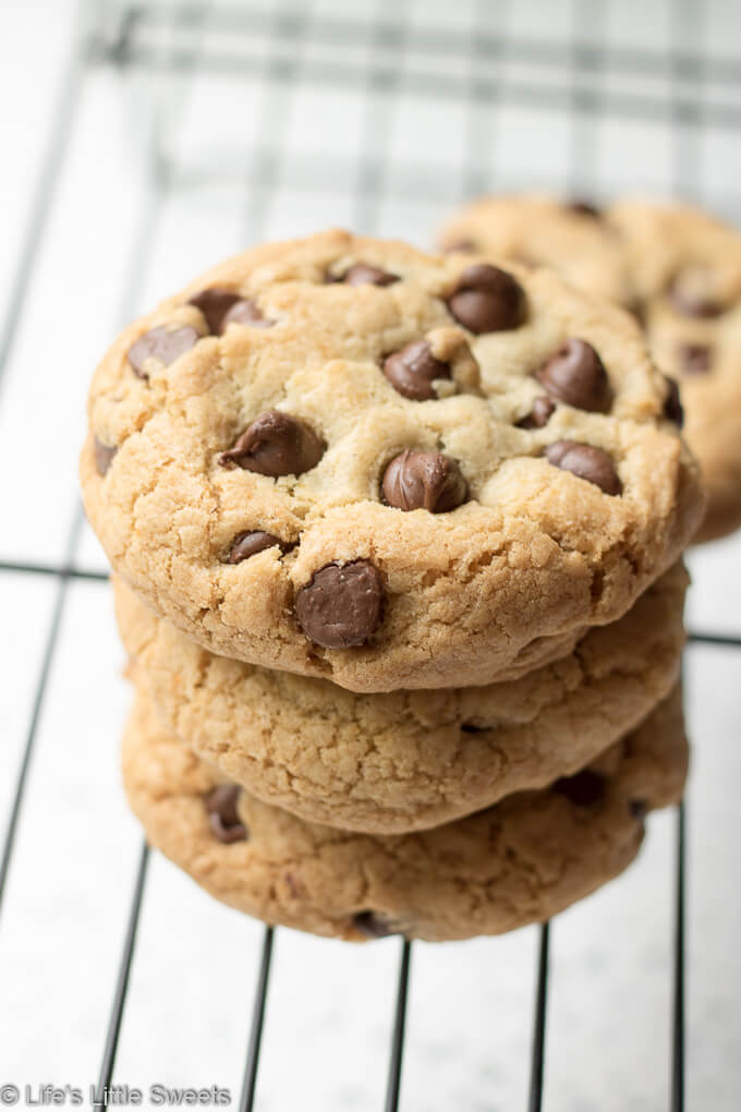 These Gluten Free Chocolate Chip Cookies are tall, soft inside with a crisp edge. Perfect for when you have a Chocolate Chip Cookie craving but don't want or can't have flour - you won't miss the flour once you taste these delicious cookies!  #cookies #glutenfree #bobsredmill #chocolate #cookies #chocolatechip #dessert #sweet #glutenfreeflour