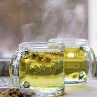 How to Make Chrysanthemum Flower Tea