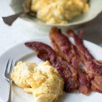 Scrambled Eggs in Bacon Fat