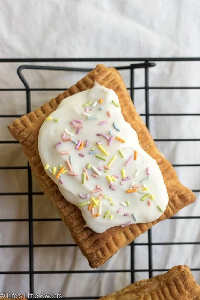 Air Fryer Puff Pastry Pop Tarts