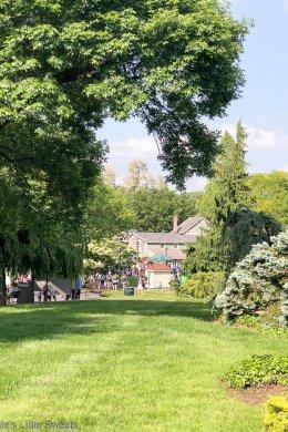 Visit to the Strawberry Festival at Peddler's Village