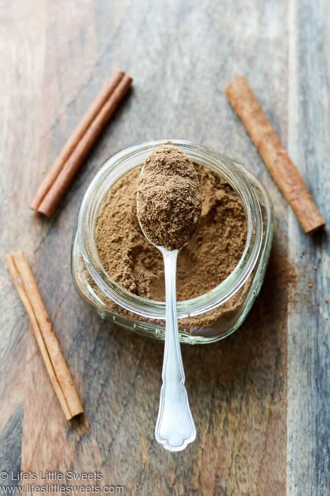 Homemade Gingerbread Spice Mixture Recipe lifeslittlesweets.com