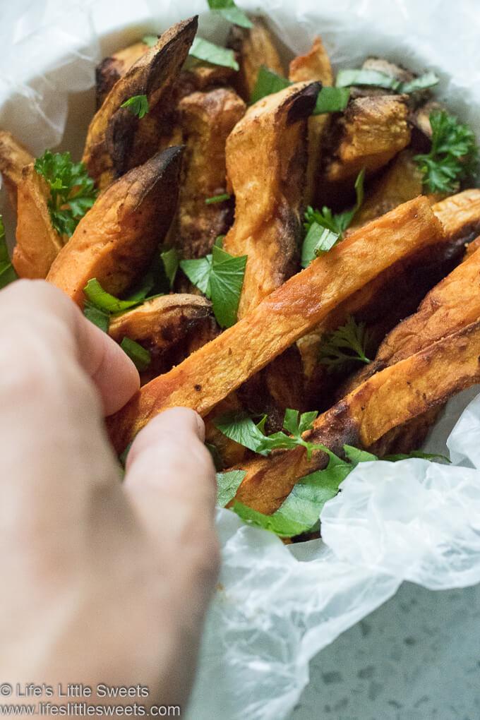 Air Fryer Sweet Potato Fries www.lifeslittlesweets.com