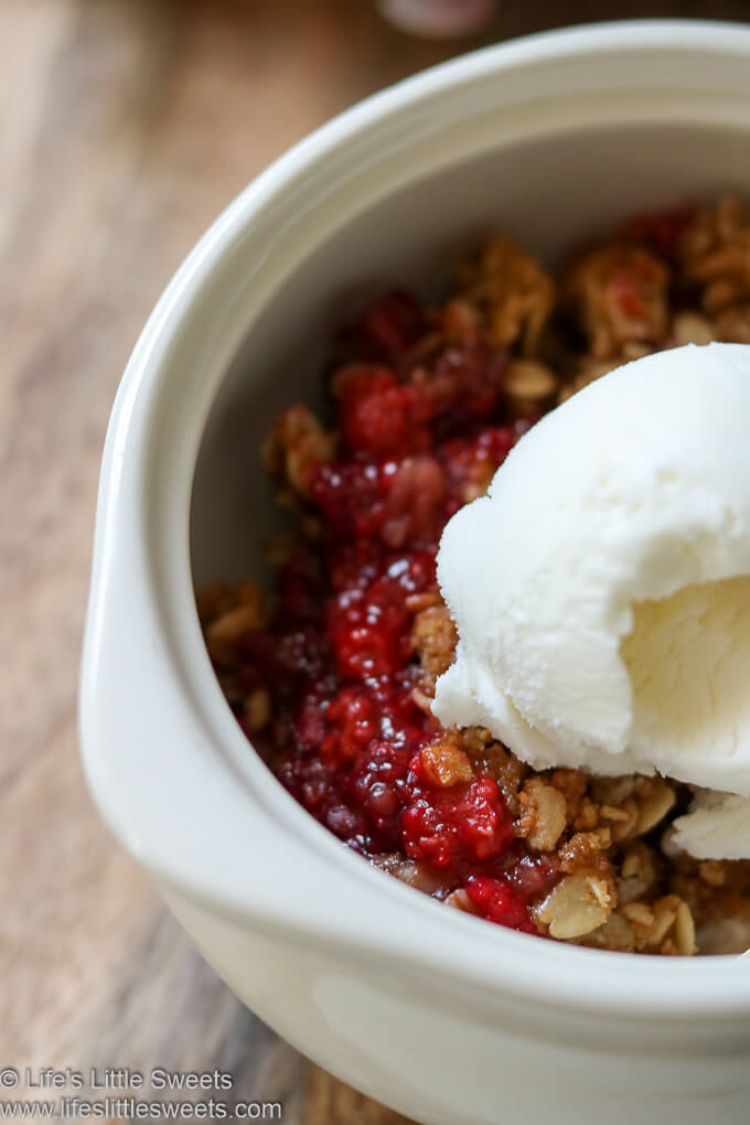 Blackberry Wineberry Crisp