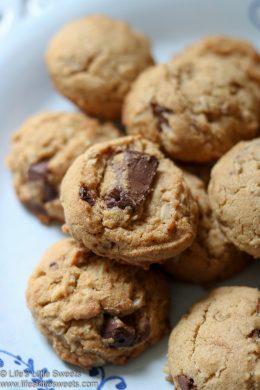 Kodiak Cakes Chocolate Chip Cookies