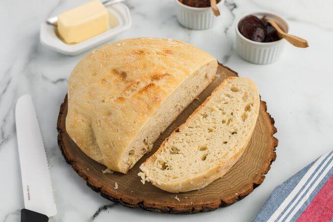No-Knead Bread (Dutch Oven) sliced